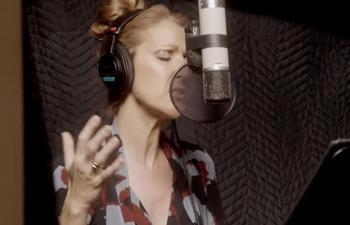 Céline Dion et Fred Pellerin interprètent une chanson de La guerre des tuques 3D